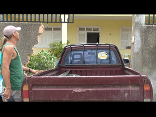 Carro desgovernado invade casa do vice Prefeito de Palhano